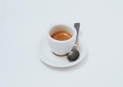 petes-cafe-kratie-4